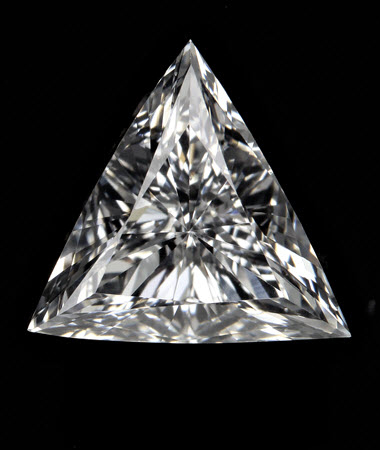 0.7 CT triangle diamond