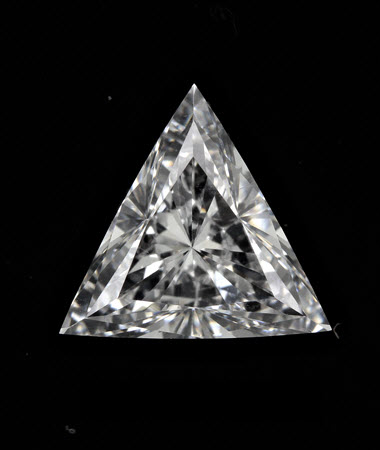 0.90 CT tri diamond