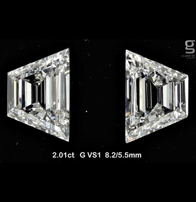 2 CT Trapezoid Diamonds